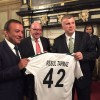 Gent Belediye Başkanı'na Konyaspor forması verildi