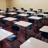 Yunanistan'da ırkçılar göçmen çocukların bulunduğu okulu bastı