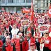Emeklilik şartları Brüksel'de protesto edildi