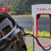 Tesla 123 bin aracını geri çağırıyor