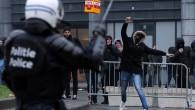 """Brüksel'de """"göç karşıtı"""" gösterilerde 90 gözaltı"""