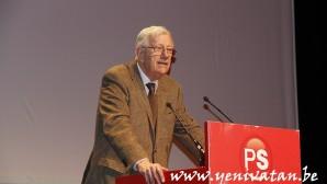 Yabancı dostu Philippe Moureaux hayatını kaybetti