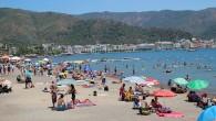 Antalya bu yıl 8 milyon yabancı turist bekliyor