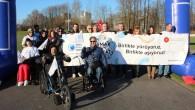 """Hollanda'da """"Aşmak İçin Hareket"""" yürüyüşü"""