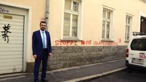 Avusturya'da İslam merkezine ırkçı saldırı