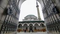 Bosna Savaşı'nda yıkılan camiler küllerinden doğuyor