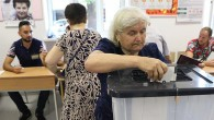 Arnavutluk'ta genel seçimi Sosyalist Parti kazandı