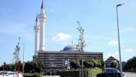 Belçika'nın minareli camisine ağır darbe