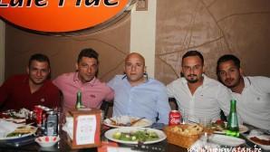 """""""FC Saint-Josse"""" şampiyonluğu doyasıya kutladı"""