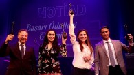 Hollanda'daki başarılı Türklere ödül