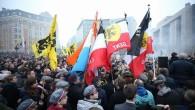 Brüksel'de gösteri yapan ırkçılar polise saldırdı