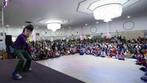 YTB, Rafadan Tayfa'yı Brüksel'de çocuklarla buluşturdu