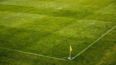 Fransa'nın en büyük stadyumu Kovid-19 aşı merkezine dönüştürülecek