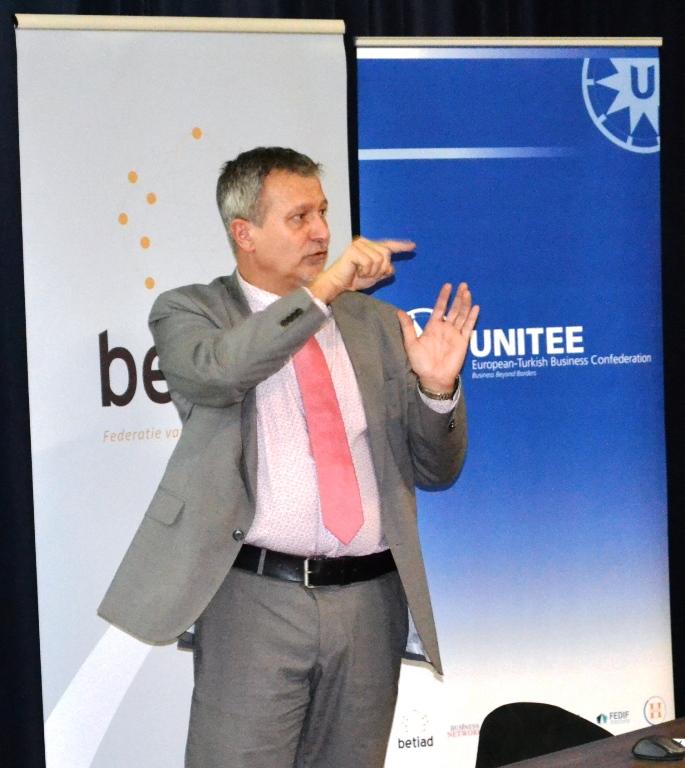 Bert Hinnion