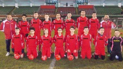 FC TURKSE GÖZÜNÜ KUPAYA DİKTİ