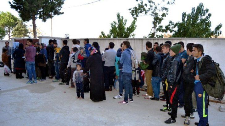"""""""Mülteciler sınıra dayanınca ırkçılıklarını ortaya koydular"""""""