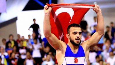 Enes Uslu dünya şampiyonu oldu