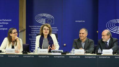 """Avrupa'dan PKK ve FETÖ'ye """"ayrıcalıklı muamele"""""""