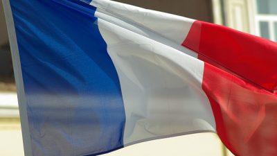 Fransa'da Kovid-19 tedbirleri gevşetiliyor