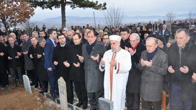 Bulgaristan'da 32 yıl önce ölen Türkler anıldı