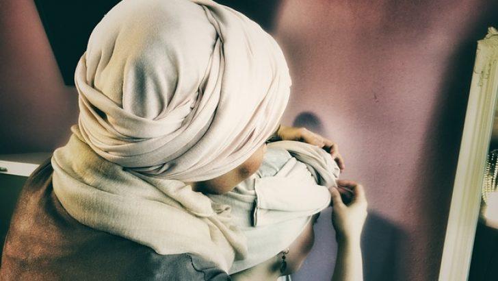 Fransa Öğrenciler Ulusal Birliği'nden İslamofobi tepkisi