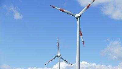 Hollanda'da trenler rüzgar enerjisiyle çalışıyor