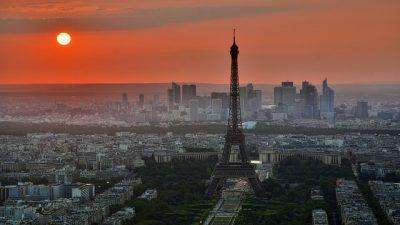 Paris'te yılbaşı önlemleri