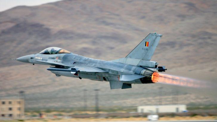 Belçika F-16'larını yenileyecek