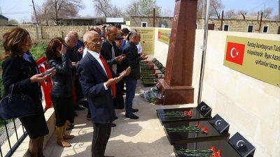 Azerbaycan'ın Hacıkabul kentinde Türk Şehitliği açıldı