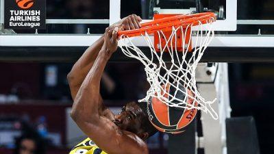 Fenerbahçe bir kez daha finalde