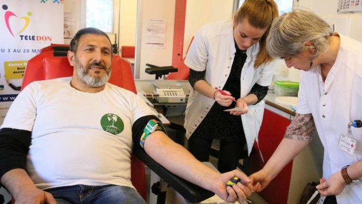 Belçikalı Müslümanlardan kan bağışı kampanyası