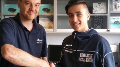 Arda Eroğlu, birinci lig kulübüne imza attı