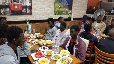 Saadet Partisi 120 mülteciye iftar verdi
