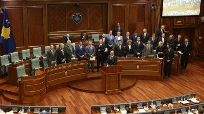 Kosova'da yeni hükümet güvenoyu aldı