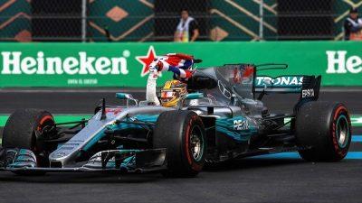 Formula 1'de Mercedes'ten Hamilton'a George Floyd desteği