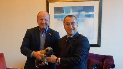 Macaristan Savunma Bakanı'na Sivas Kangal'ı hediye edildi
