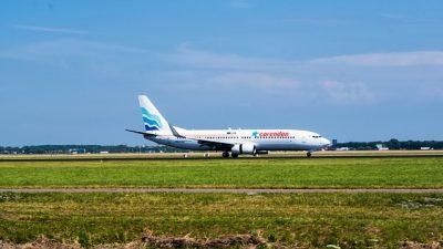 Avrupa'dan İzmir'e Corendon uçuşları başladı