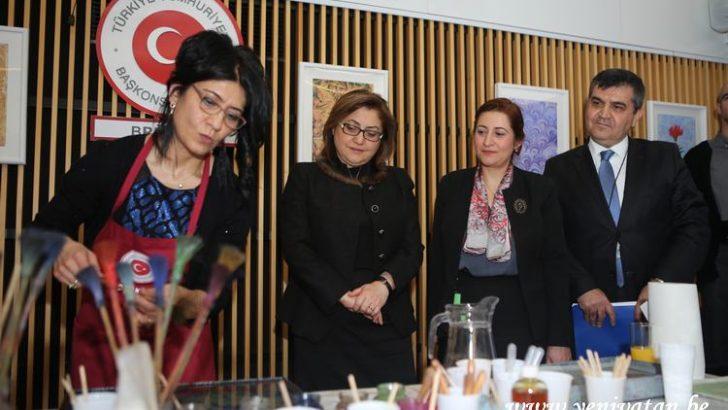Başkan Fatma Şahin Brüksel ebru sergisine katıldı