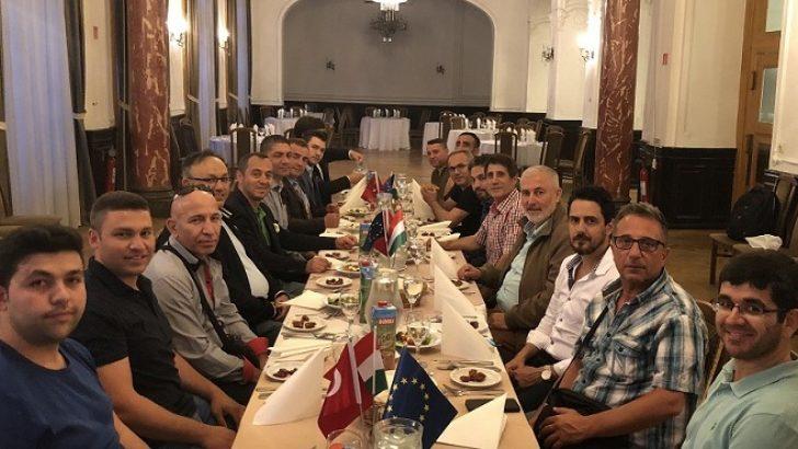 Macaristan'da Ramazan İftarı