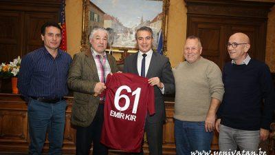 Belçika Trabzonlular Derneği'nden Başkan Kır'a ziyaret