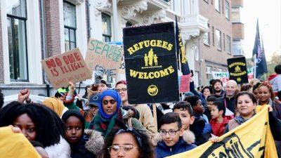 Hollanda'da AB'nin göç politikaları protesto edildi