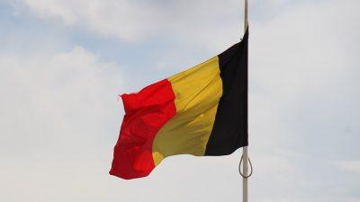 Paris saldırıları şüphelisi sorgulanmak üzere Belçika'dan Fransa'ya getirildi