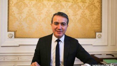 Başkan Kır'dan dijtal hizmet yoksunlarına yardım