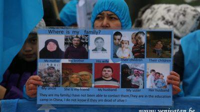Çin'in Doğu Türkistan zulmü Brüksel'de protesto edildi
