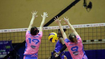 Finale yükselen Türk takımı ilk maçı kaybetti