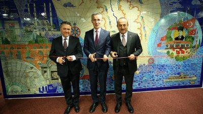 Çavuşoğlu ve Stoltenberg çini pano açılışı yaptı