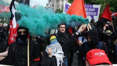 Brüksel'de 1 Mayıs Emek ve Dayanışma Günü kutlandı