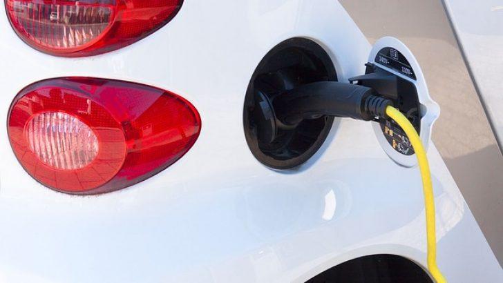 Avrupa'da elektrikli ve hibrit otomobillerin satışı hızla artıyor