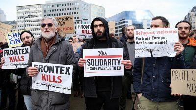 Brüksel'de, AB ve Yunanistan protesto edildi