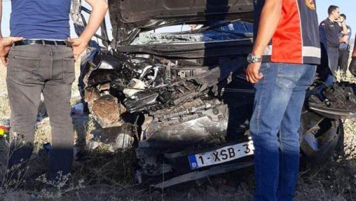 Gurbetçi aile Emirdağ'da kaza yaptı: 2 ölü, 3 yaralı